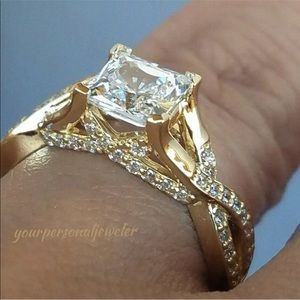 14k Yellow Gold Women's Princess Cut Diamond Ring